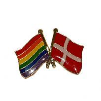 Pin with wavy Danish flag and Pride flag