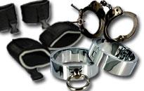 Sidontavälineitä bondage leikkeihin, Häpeäpuu käsiraudat naamioita ja narua sidontaan, Pervoja bondage välineitä edullisesti